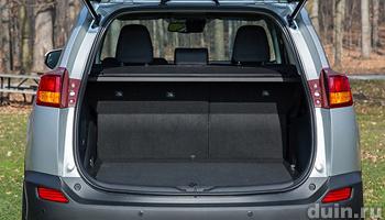 Toyota RAV4 багажный отсек