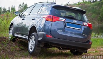 Toyota RAV4 на бездорожье